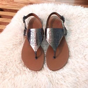 🆕 Tory Burch Metallic Leather Thong Sandals